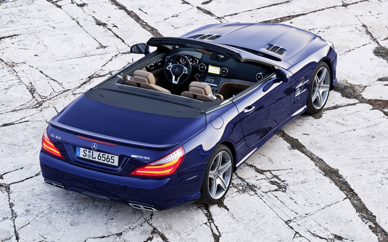 http://2.bp.blogspot.com/-87RBCyD7__M/T-N3XJ2Sw8I/AAAAAAAAD0k/G2i0M4Kdge0/s1600/Mercedes-Benz+SL65+AMG+Hd+Wallpapers+2013_3.jpg