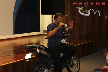 Palestra com Dinno Benzatti Momento Moto da Band, para a AES Eletropaulo.