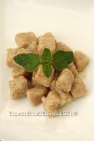 http://nonnasole.blogspot.it/2013/05/gnocchi-di-fagioli-cannellini.html#more