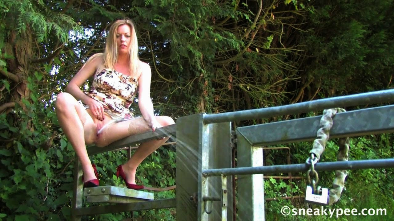 image The queen of squirt 210 amazing powerful squirting