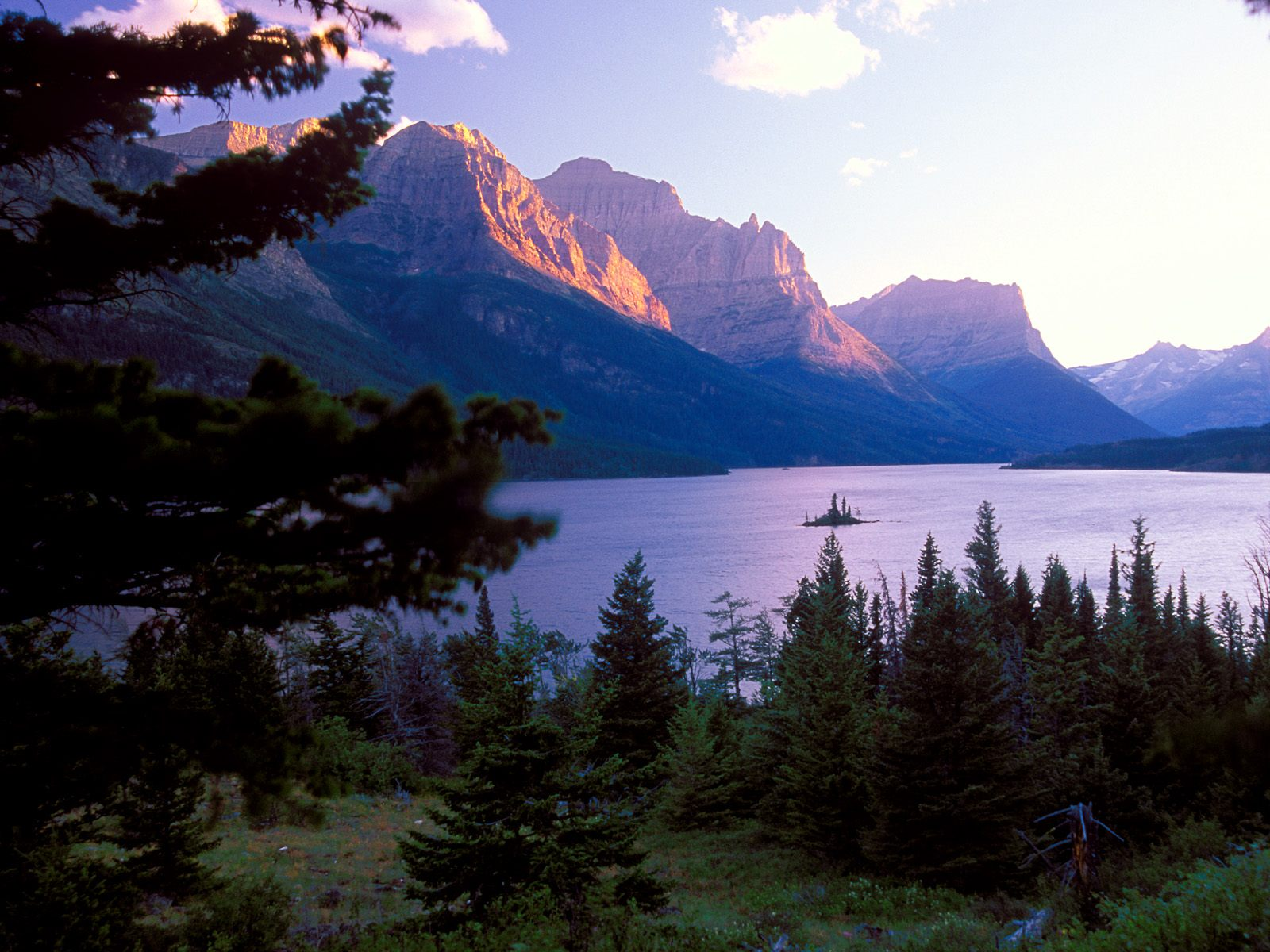 east glacier park online hookup & dating A complete list of east glacier park campgrounds and rv parks -- with detailed descriptions, guest reviews and maps -- for camping in east glacier park, montana.