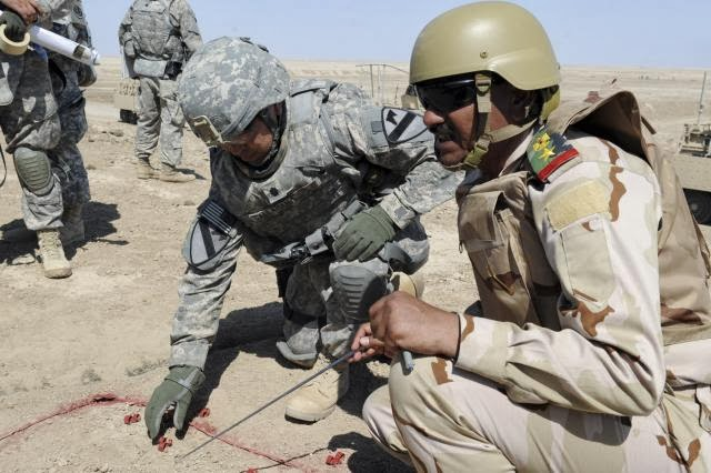 US Army working With Iraqi Army