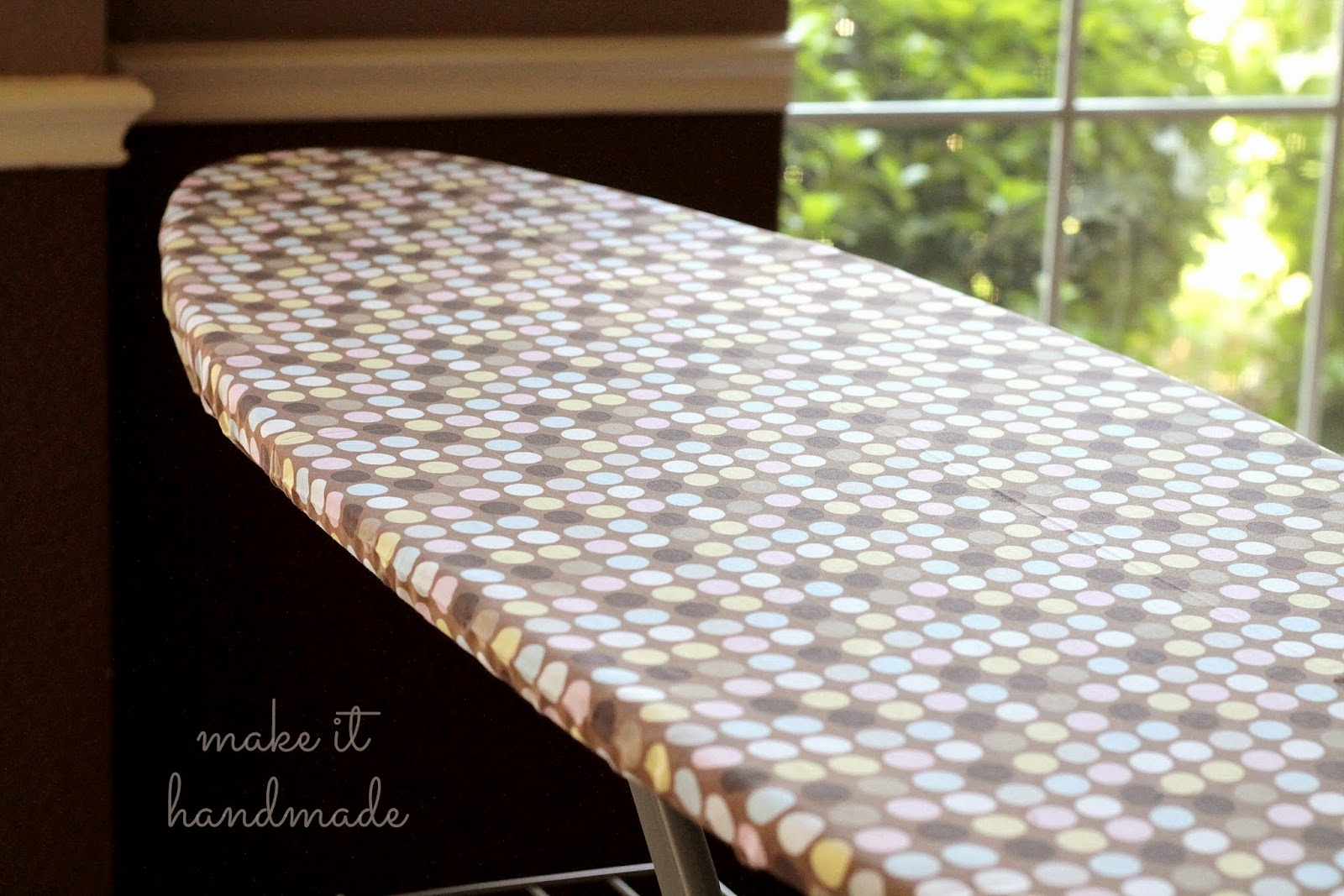 make an ironing board cover in 10 minutes without flipping tracing or measuring
