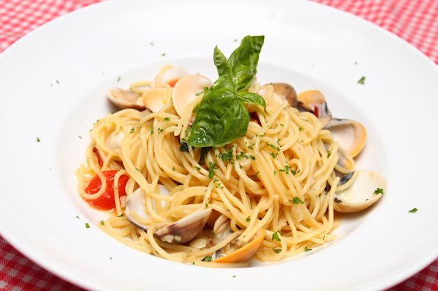 bistro richard sentul kl spaghetti vongole pasta
