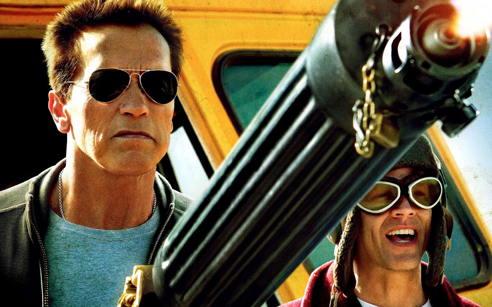 Arnold-Schwarzenegger-Machine-Gun-Last-S