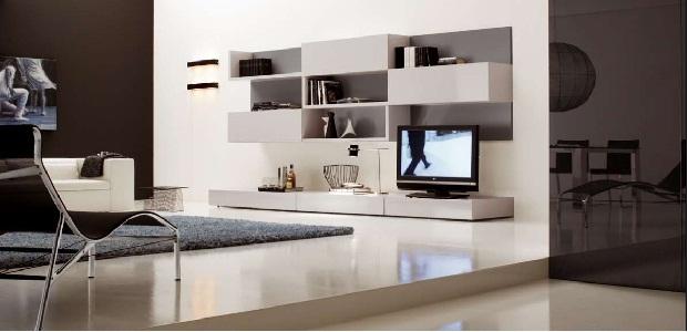 Sala de estar minimalista funcional con pared oscura por for Decoracion de paredes de sala