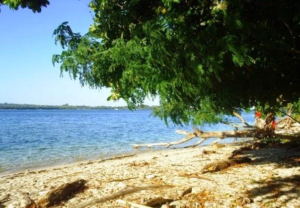 Pulau Dutungan Pasir Putih