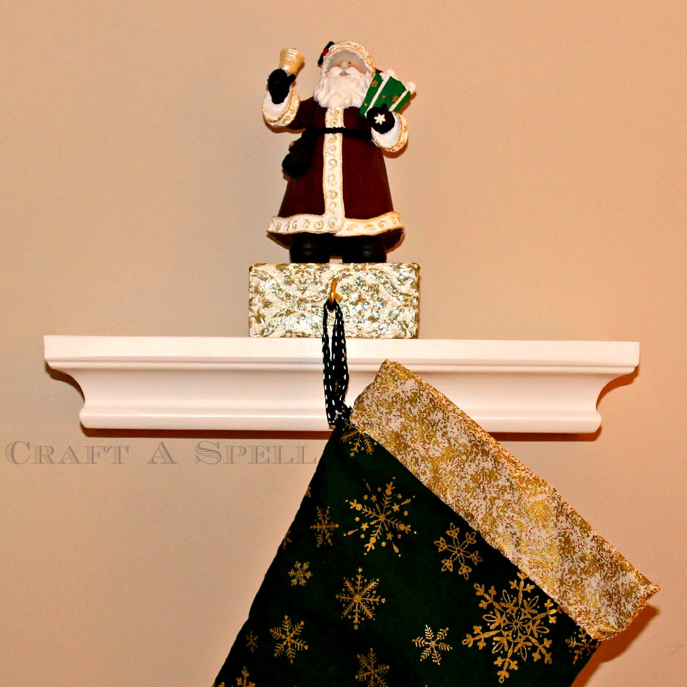 Craft A Spell A Crafty Christmas Diy Stocking Holder