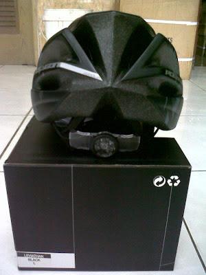Serb@sepeda: Helm Polygon LEVIATHAN Harga: Rp. 150,000,