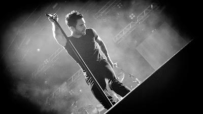 Wallpaper Vokalis Maroon 5 Adam Levine Terbaru