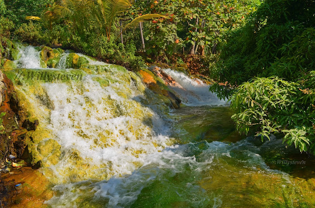 Soa hot springs, Flores