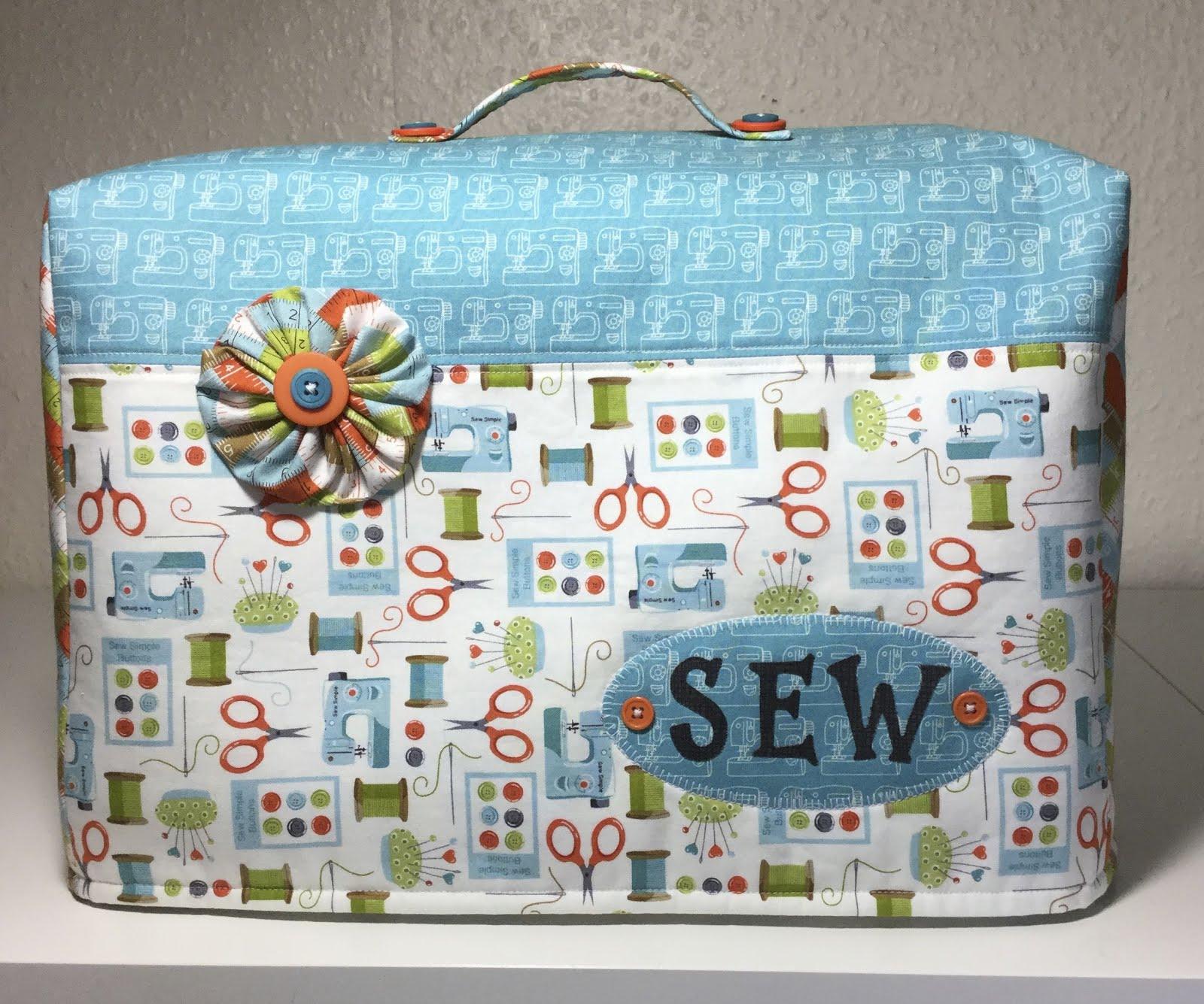Lynnes crafty little blog sewing machine covers sew hem and serge jeuxipadfo Choice Image