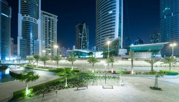 دبي ليلاً - صوراً غاية في الجمال Dubai-amazing-photos12