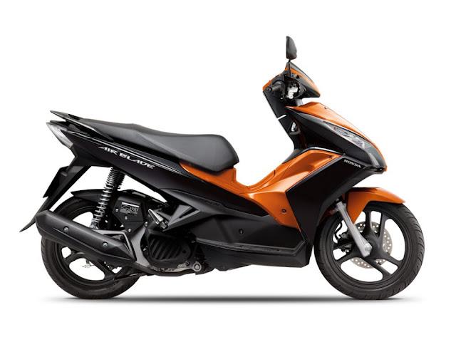 Air Blade 125 màu đen cam