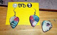 Front of earring pendants