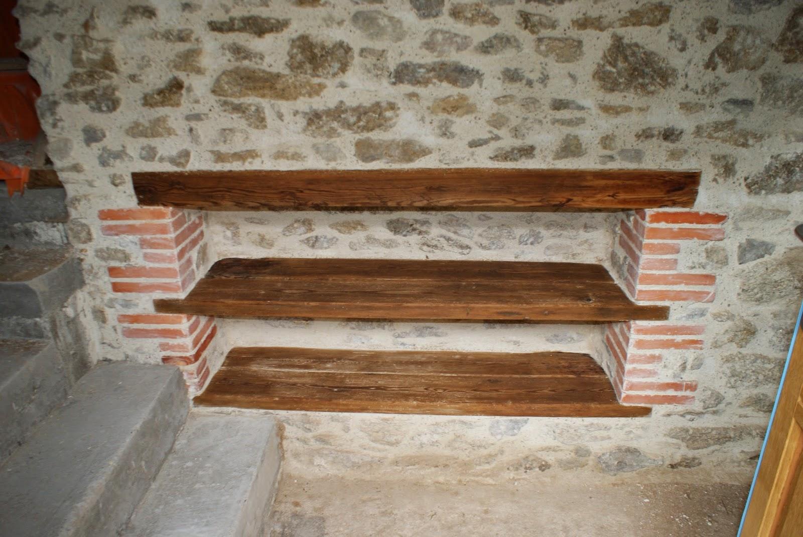 R habilitation d 39 une ancienne maison en pierre plafond for Poncer porte bois