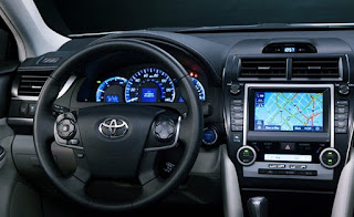 2012 Toyota Camry XLE Hybrid Review Specifications