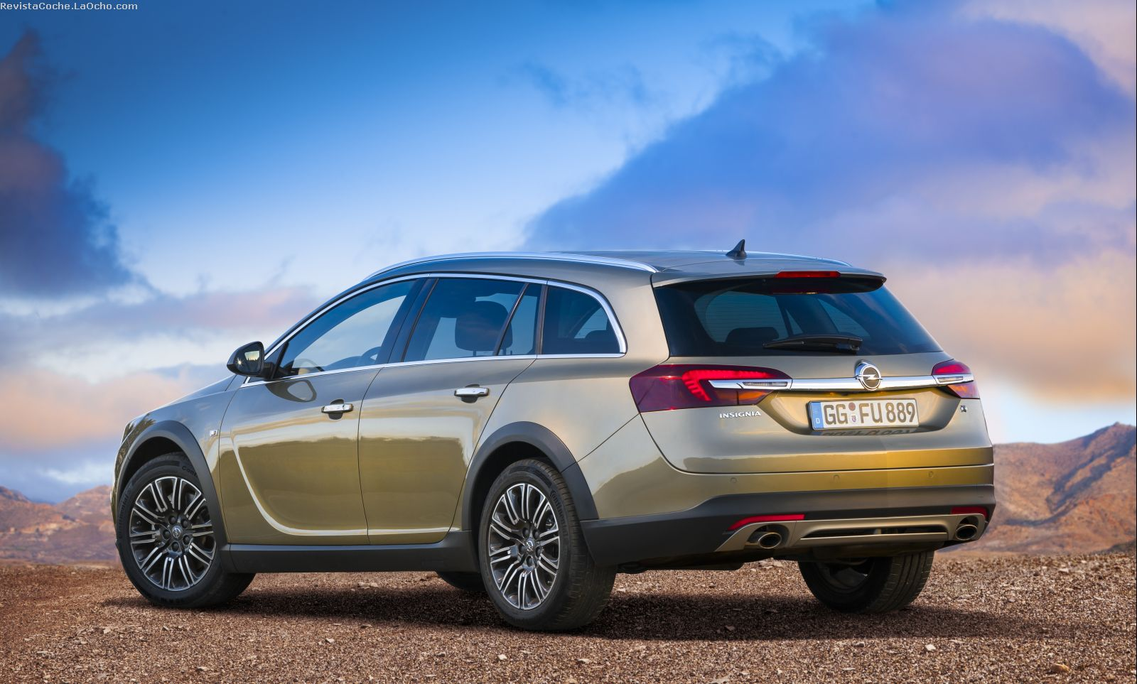Revista Coche: Nuevo Opel Insignia Country Tourer 2014