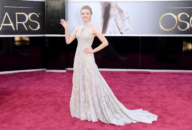 Amanda Seyfried - Celebrity Fashion at the 2013 Oscars