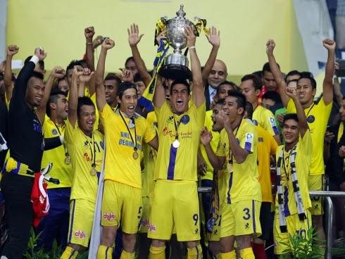 video gol kelantan vs pahang 0-1 final piala malaysia 2013