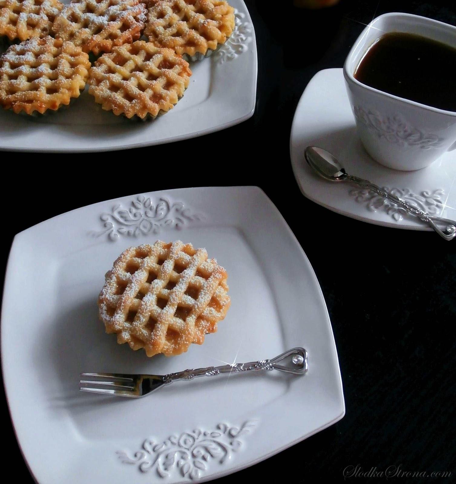 Mini - Szarlotki (Babeczki z Jabłkami) - Przepis - Słodka Strona
