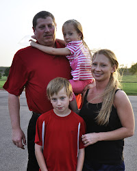 DUSTIN & LINDA DEENEY with Children
