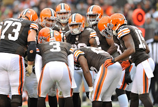 Cleveland, Browns, NFL, football, huddle