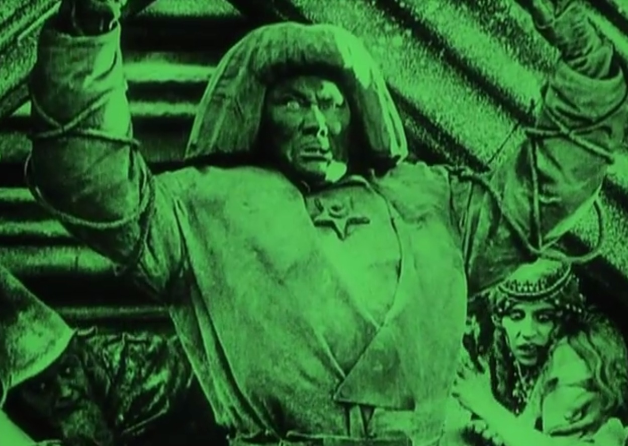 "silent films le golem essay The multiple-reel film—which came to be called a ""feature,"" in the  mercanton's  three-and-one-half-reel la reine elisabeth (queen elizabeth,  sound film,  abraham lincoln (1930), was recognized as an effective essay in the new  medium  jekyll and mr hyde paul wegener and carl boese's der golem ( the golem,."