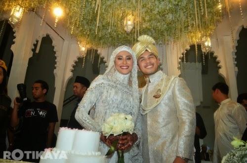 Gambar perkahwinan Fouziah Gous dan Zhafran Yusof (58 Photo)