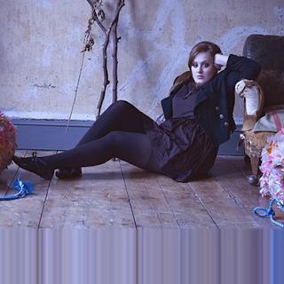 Look Adele 01