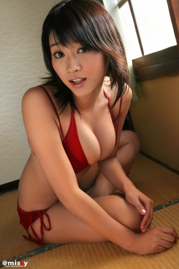 Mikie Hara - Wallpaper Gallery