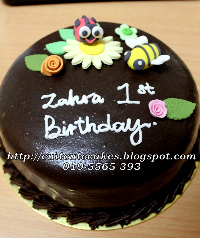 CuitCuteCakes: Russian Black N White For Zahra 1st