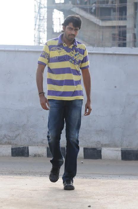 Porali Movie Sasikumar Allari Naresh Swati Stills Pics Photos function pics
