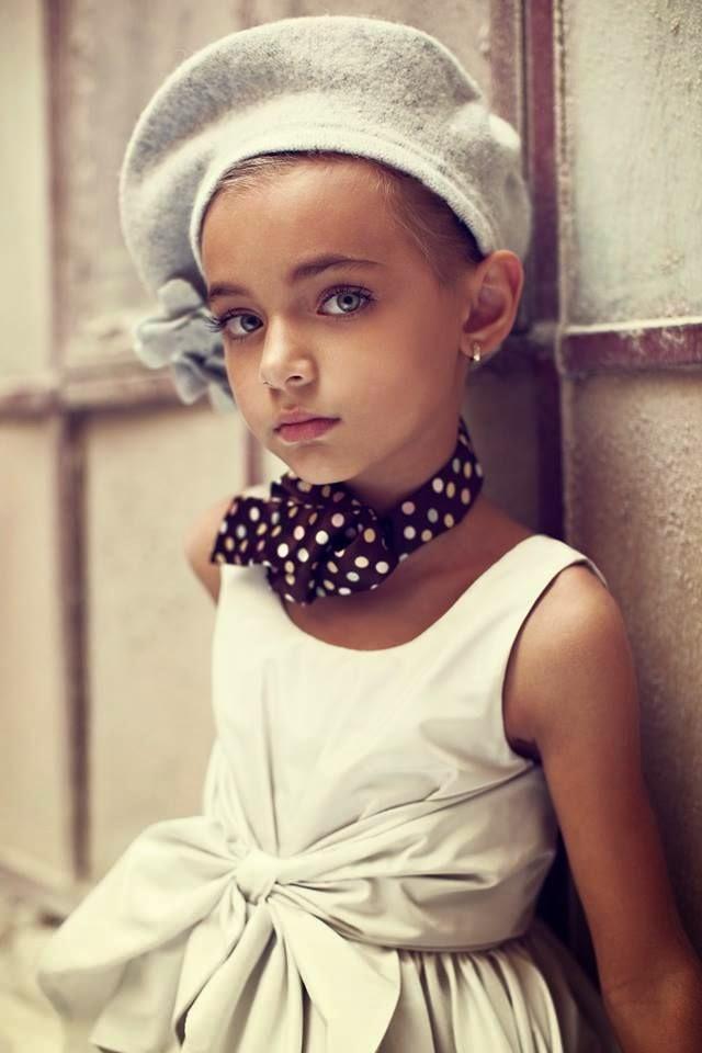 kız çocuk elbiseleri, erkek çocuk takımları, bebekler,şık elbiseler, moda, trend