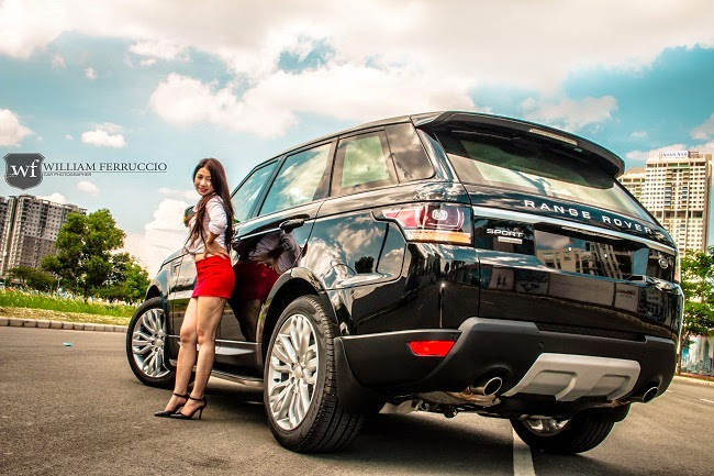 Rebellion Office Girl Poses With Range Rover Sport Carsfresh