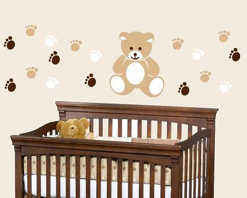 Décoration murale chambre bébé