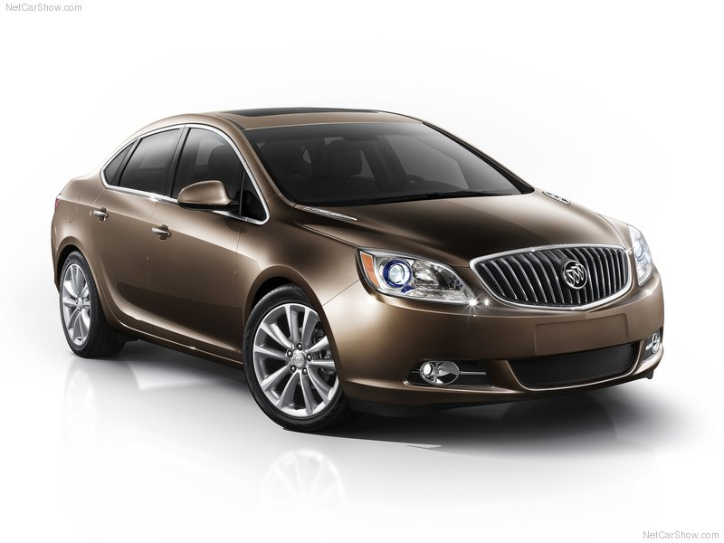 2012 Buick Verano compact luxury sedan