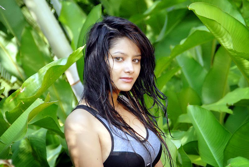 Monika Singh Latest Spicy Stills
