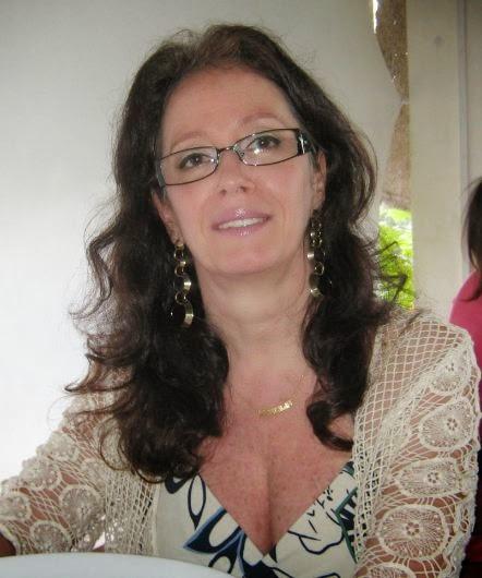 Marcília Castro