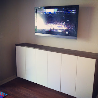 Fauxdenza Mounted TV