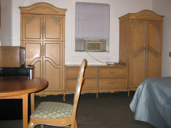 Single Female Rooms For Rent Tampa