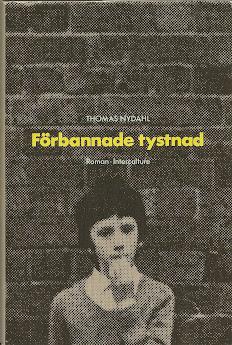 FÖRBANNADE TYSTNAD