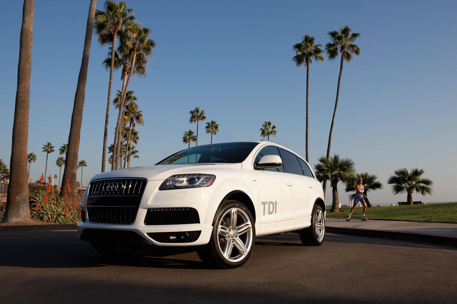 http://2.bp.blogspot.com/-8DBw5PEcPEg/T-CgOClyTTI/AAAAAAAADo4/AiBHwCUyPeM/s1600/Audi+Q7+3.0+TDI+S+line+hd+Wallpapers+2011_1.jpg