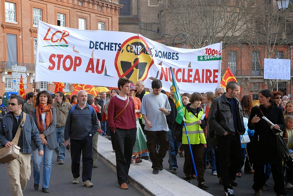An earlier demonstration in Toulouse against plans to build an EPR (Image Credit: Guillaume Paumier via Wikimedia Commons) Click to Enlarge.