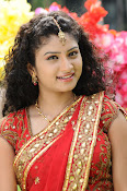 Vishnu priya photos from 21st century Love-thumbnail-8