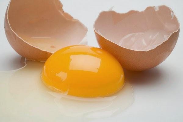 Cách trị mụn trứng cá từ thiên nhiên với giấm và trứng gà