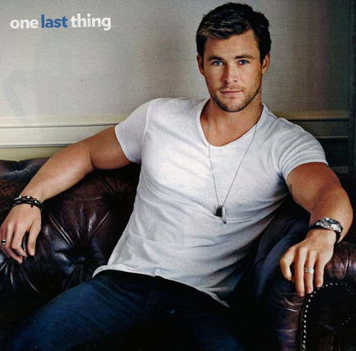 Chris Hemsworth gives you super-handsome face