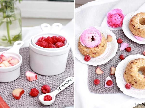 [Übern Tellerrand] Kleine Gugl mit Himbeeren, Erdbeeren und Rhabarber von Raspberrysue
