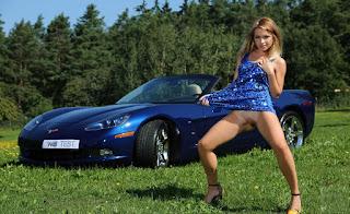 hot chicks - rs-bottomless_flashing039_bottomless_flashing00929-794345.jpg