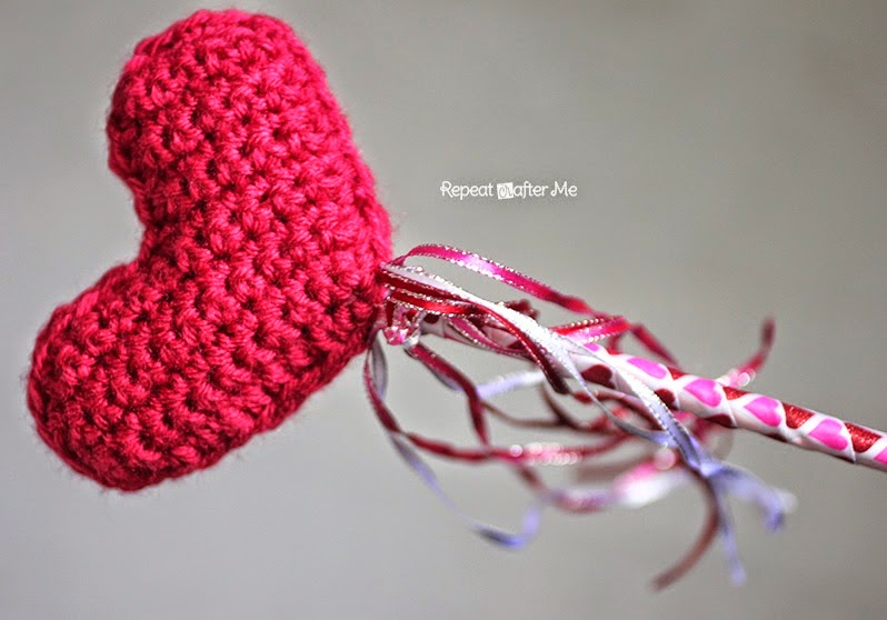 free crochet pattern heart wand